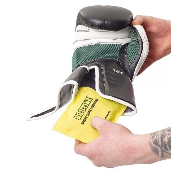 nostink-sports-glove-deodoriser-usage.jpg